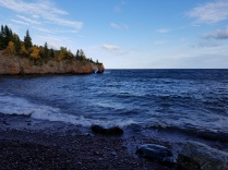Along the shore off the Shovel Point hiking path at Tettegouche.